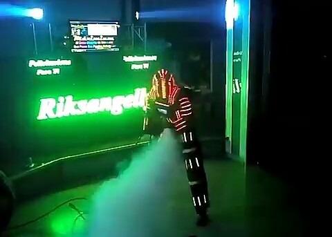 robot led  co2 fuego frio laser discplay dj  zanquero