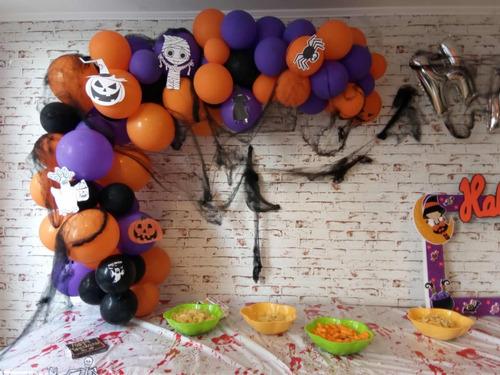 robot led decoración e inmobiliario de cumpleaños pasteleria