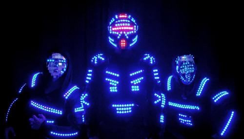 robot led show de hip hop y reggaeton para fiestas de 15