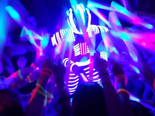 robot led ..show.. promo! mejoramos cualquier precio. promo!