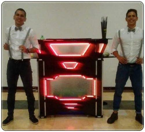 robot led, sonido, karaoke, zanqueros, recreadores y mas