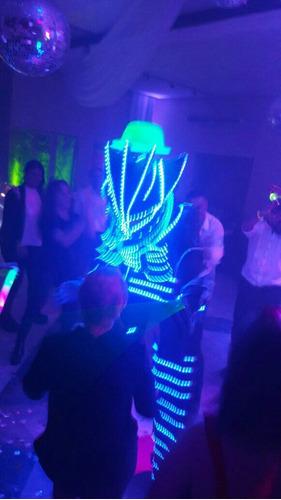 robot led!!! viajamos a todos lados! show super completo!!