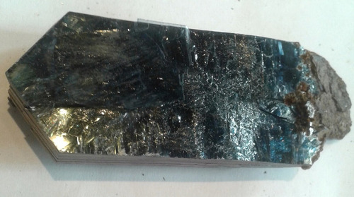 roca cristales  vivianita  mineral llallagua bolivia