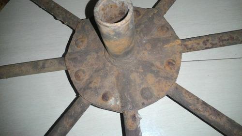 roda carrinho mão antigo de ferro