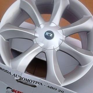 roda infinity santorini aro18 4/5 up gol fox voyage saveiro