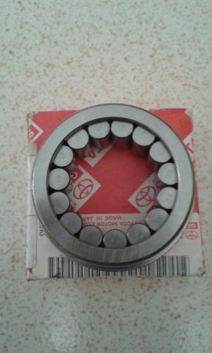 rodamiento caja engranaje de quinta hilux 22r original