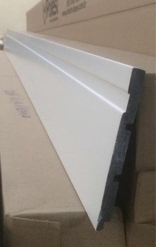 rodapé poliestireno poliest 15cm vara 2,4m(branco ou preto)