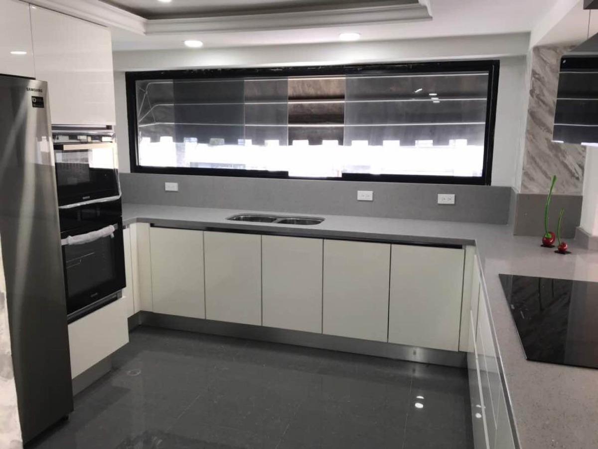 Rodapie Zocalo Aluminio Pvc Para Cocinas 15 Cm X 3 Mtrs - Bs. 64.500 ...