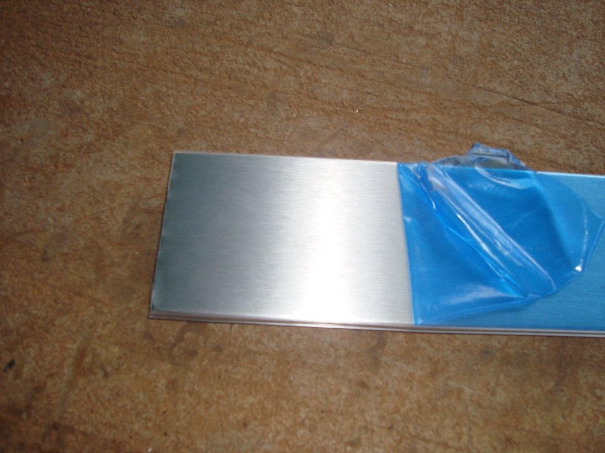 Rodapies pvc aluminio para muebles y cocina empotrada bs for Muebles de aluminio