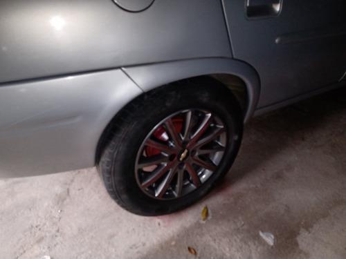 rodas aro 15 pneus estão otimos