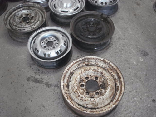 rodas avulsas, carros e camionetes antigos
