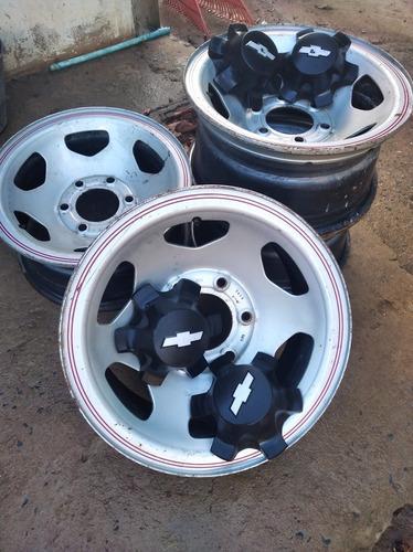 rodas original de ferro acompanha carlotas