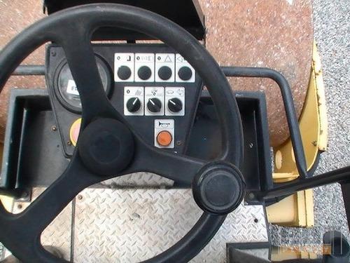 rodillo autopropulsado bomag d-3 maquinaria vial muy bien ..