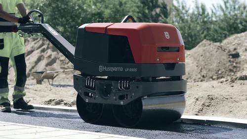 rodillo compactador 765kg 7.2hp husqvarna lp 6505