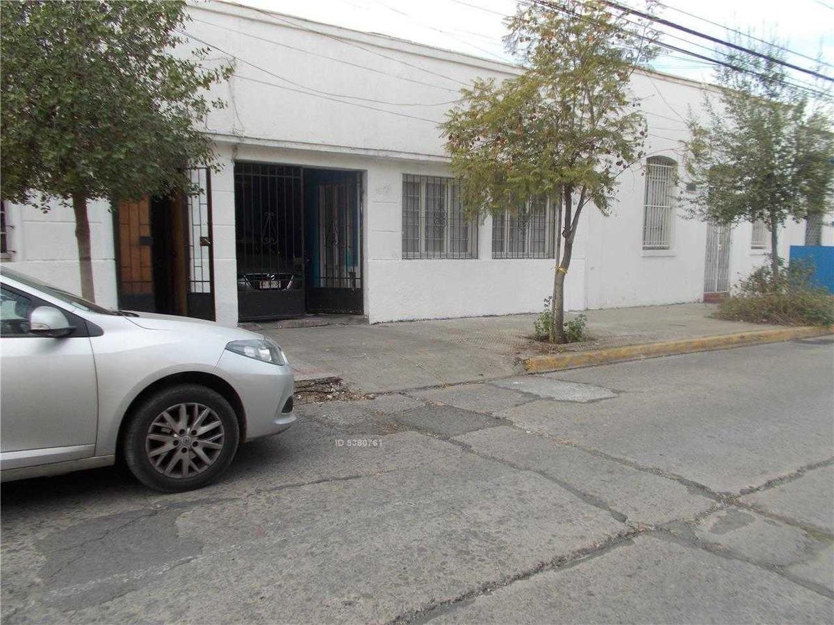 rogelio ugarte, santiago - casa 1358 y1356
