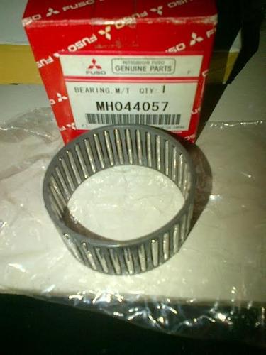 rolinera aguja 1era vel caja m/t  canter 649-659(mh044057)