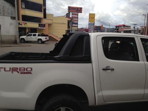 roll bar con foco stop universal dmax mazda ford