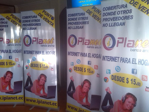 roll ups a $34.40 incluye impresion full color