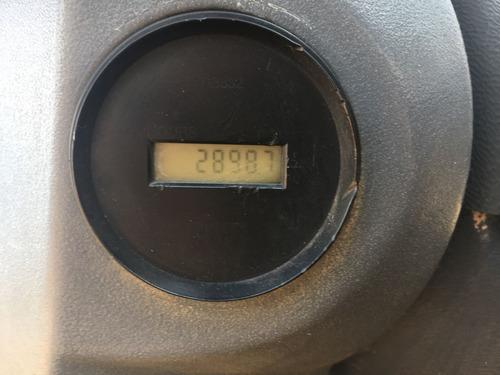 rolo compactador cat cp533e ano 2008 com 2900 horas