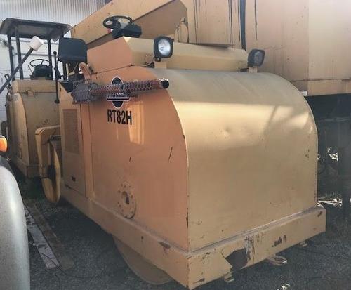 rolo compactador muller rt82h ano: 1982