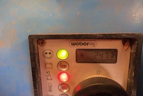 rolo compactador weber trc86 ano: 2012