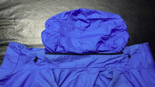 rompeviento  fly time  color azul eléctrico. talle l