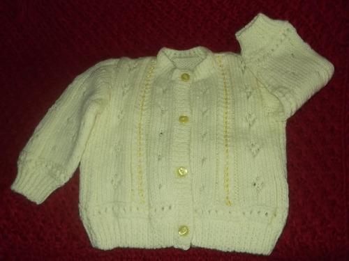 ropa bebe, tejida a mano: chompita, gorro y zapatitos