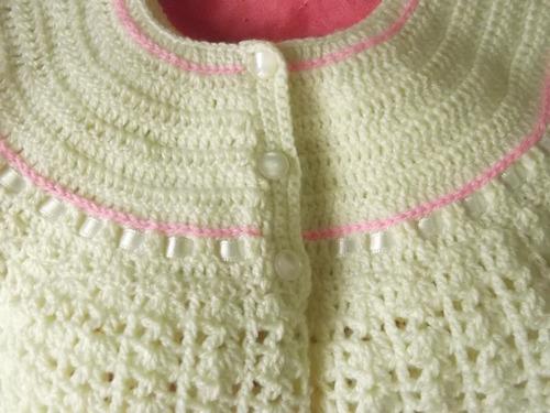 ropa bebe, tejidos a mano: vestido en juego, 3 piezas.