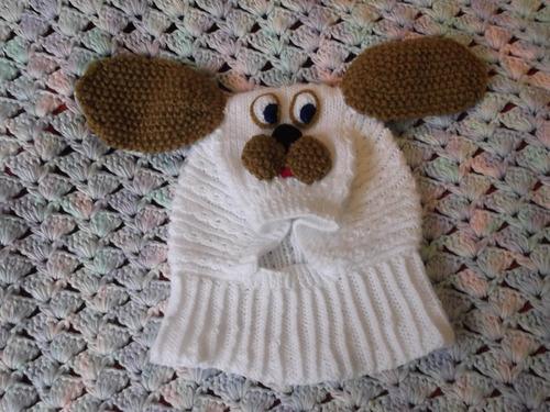 ropa bebe, tejidos a mano:gorros con cuello,  de animalitos