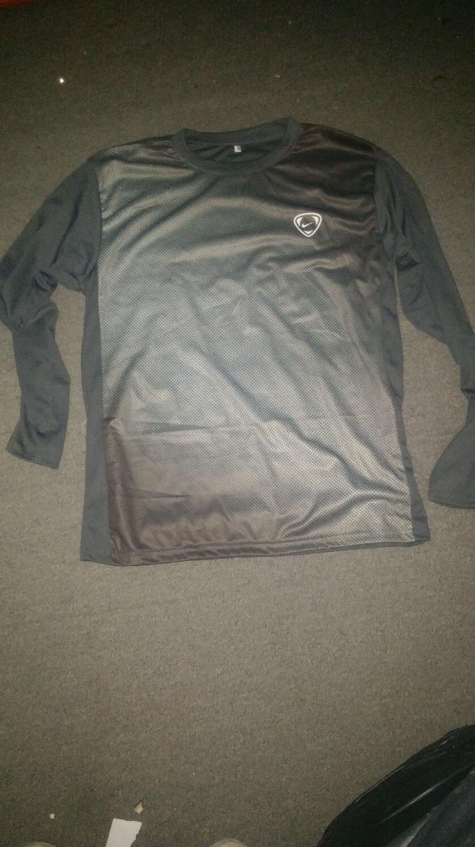 ropa deportiva imitaciones..liquido por cierre. Cargando zoom. fd176fb7e17d3