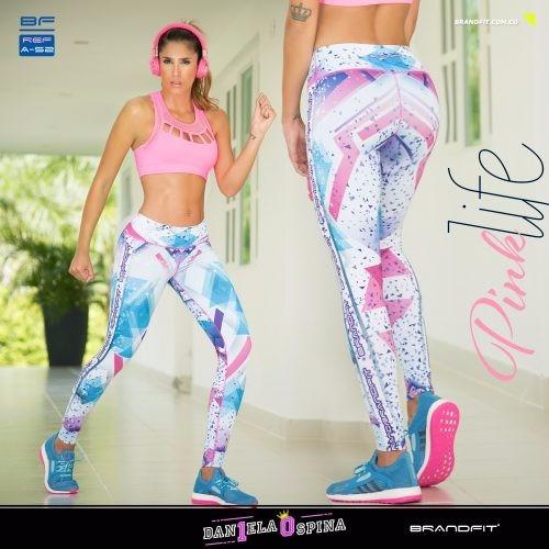 ropa deportiva, leggings