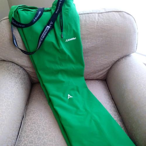 ropa especial para deportes de invierno. senderismo/esquiar