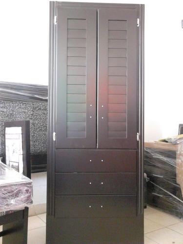 ropero tipo closet. color chocolate