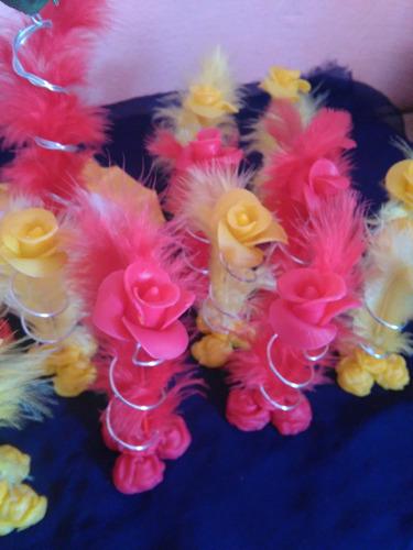 rosa de porcelana fria  pimpollo pluma souvenir 15 oferton!