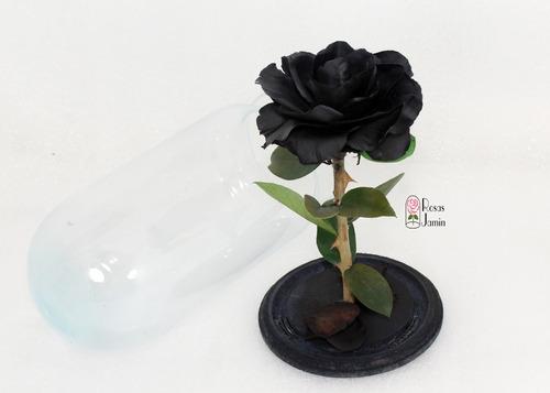 rosa eternas la bella y la bestia negra