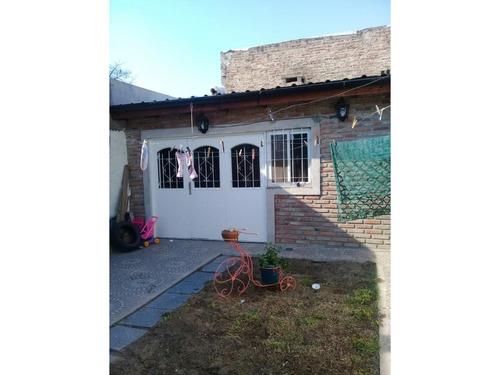 rosario: maestro massa 1075 - casa de 3 dormitorios, 2 baños, la florida, santa fe, argentina