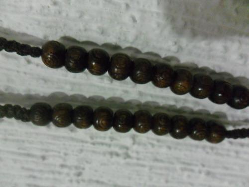 rosario tejido a mano / cuentas y cruz de madera