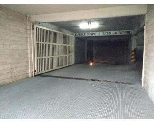 rosario: tucuman 1318 cochera centrica en piso 1 en venta, s