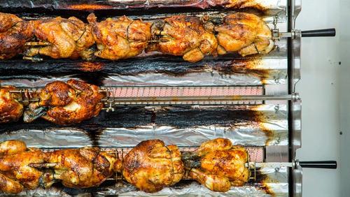 rosticero 27 pollos con base marca hoffman