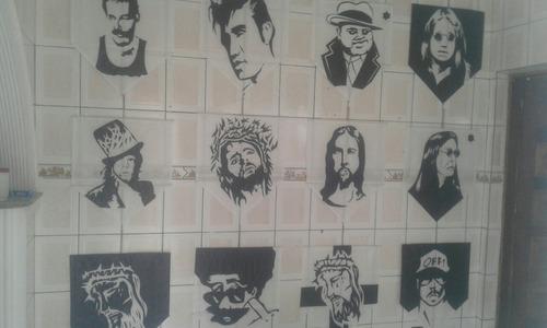 rostos artesanais feito a mao desenhados..
