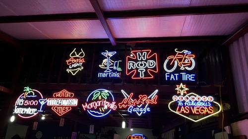 rotulos neon nuevos usa media 75x70  codigo #105