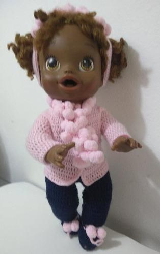 roupa baby alive crochê rosa e azul com tiara e bolinhas