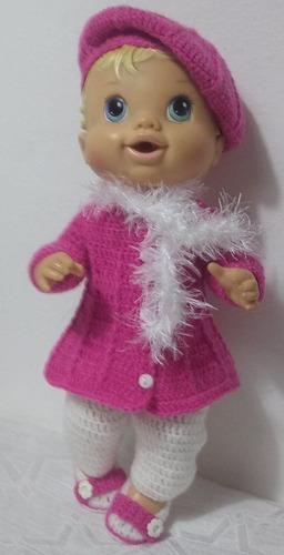 roupa baby alive em crochê rosa com cachecol de pelinho