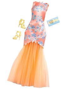 2eb440246 6 Vestidos Da Barbie Fashionistas, Roupas Da Barbie Mattel - Bonecas e  Acessórios no Mercado Livre Brasil