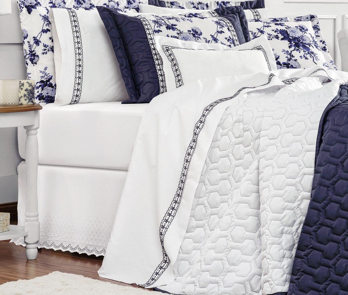 4f54b21bb8 roupa de cama casal queen marseille 04 peças - branco e azul. Carregando  zoom.