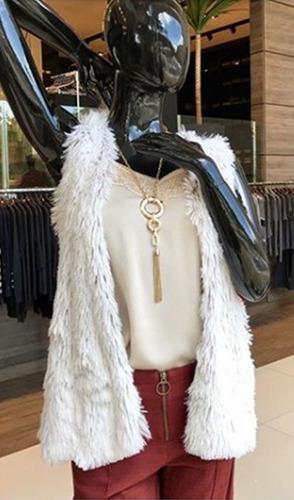roupa feminina colete de tricot  costas e pelo fake frente