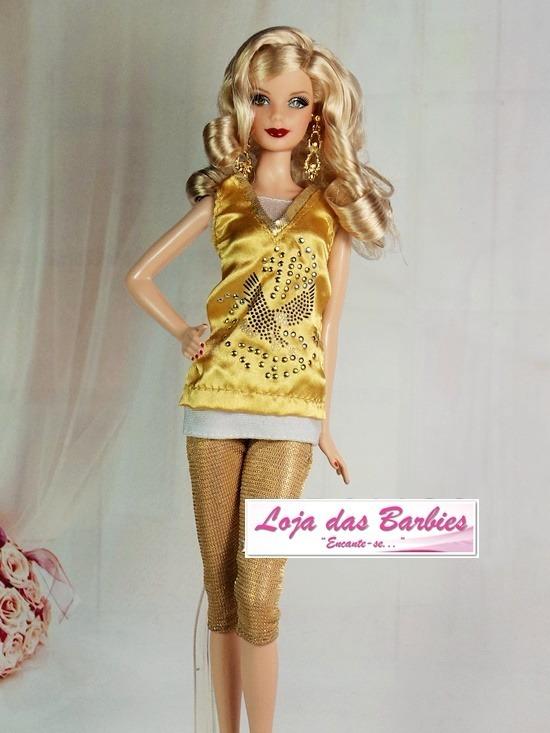1d039bbdd51 Roupa Luxo Para Boneca Barbie + Sapato Roupinha Original 20f - R ...