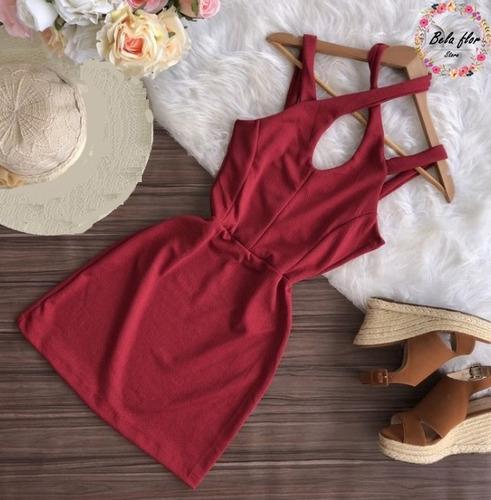 roupas blusas, macaquinhos e vestidos