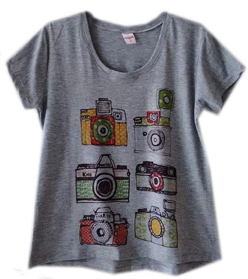 2fedb72dff Roupas Femininas Camiseta Câmeras Fotografia Cinza - R  50