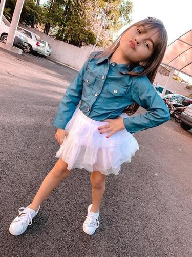 roupas infantil menina camisa jeans e saia de tule branca